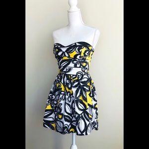 Lucy Love Strapless Mini Dress - EUC